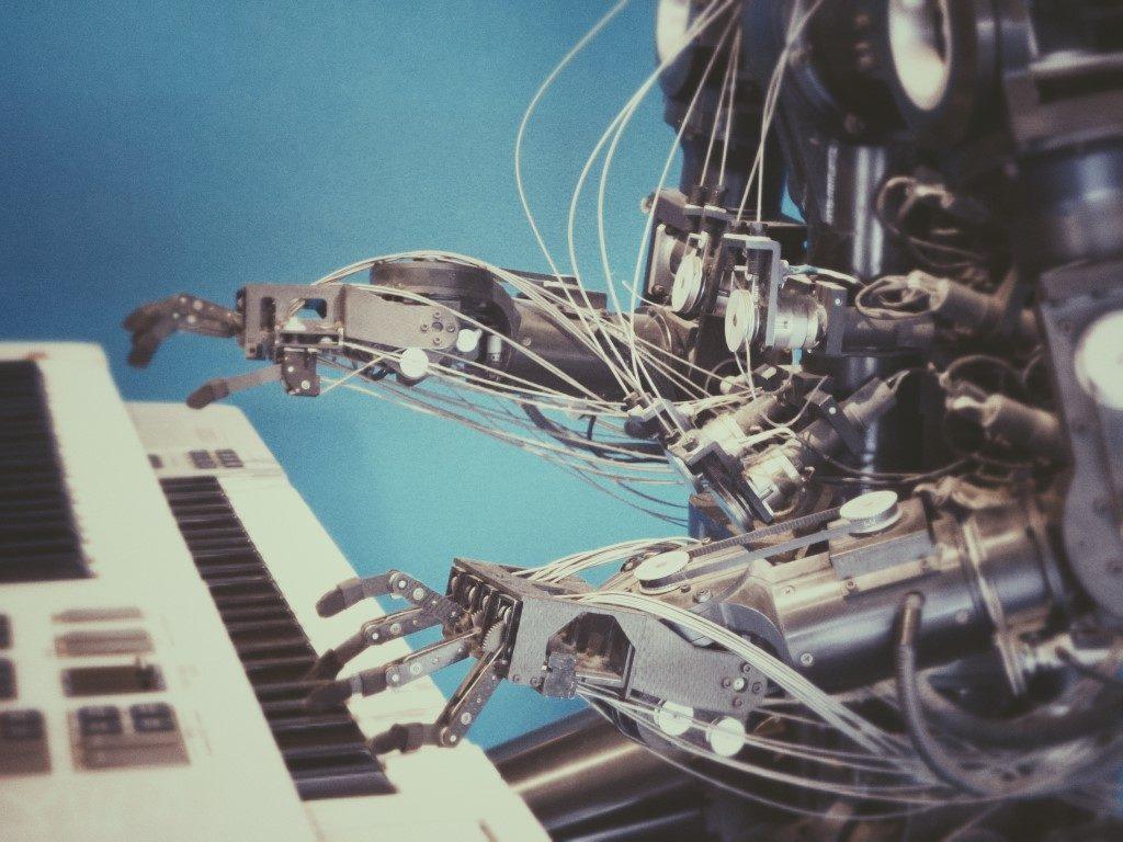 Почему роботы не продаются в магазинах